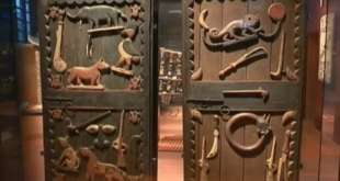 Restitution de 26 œuvres d'art au Bénin